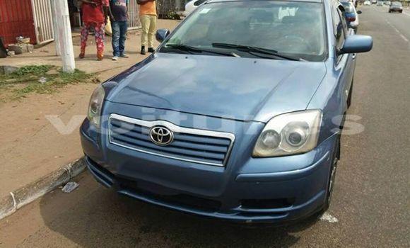 Acheter Voiture Toyota Avensis Bleu à Libreville en Estuaire