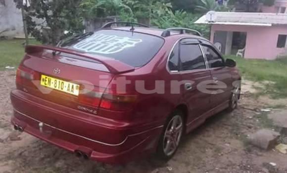Acheter Voiture Toyota Carina Rouge à Libreville en Estuaire