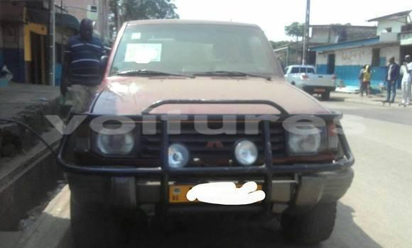Acheter Voiture Mitsubishi Pajero Rouge à Libreville en Estuaire