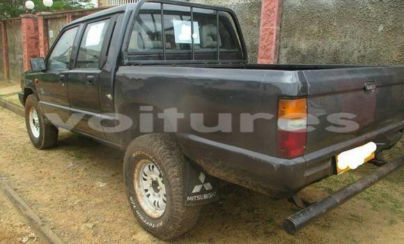 Acheter Voiture Mitsubishi L200 Noir à Libreville en Estuaire