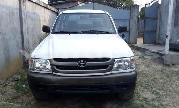 Acheter Voiture Toyota Pickup Blanc à Libreville en Estuaire